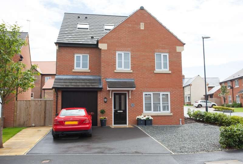 4 Bedrooms Detached House for sale in Greengage Close, Malton, North Yorkshire, YO17