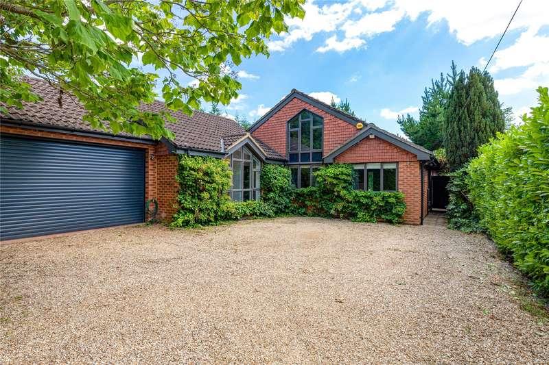 4 Bedrooms Detached Bungalow for sale in Albert Road, Wokingham, Berkshire, RG40
