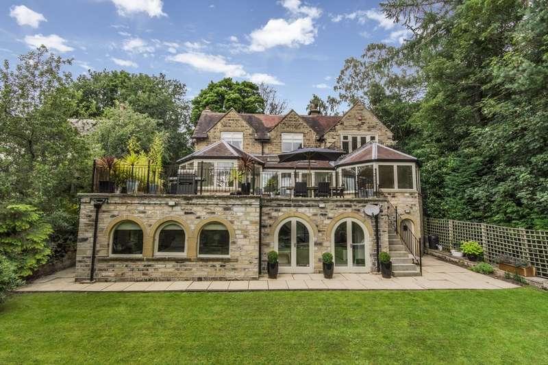 5 Bedrooms Detached House for sale in Dark Lane, Almondbury , Huddersfield