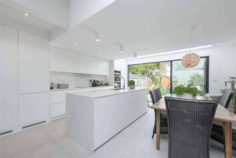 4 Bedrooms Terraced House for sale in Liddell Gardens, London, NW10
