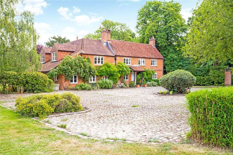 5 Bedrooms Detached House for sale in Rye Grove, Windlesham, Surrey, GU18