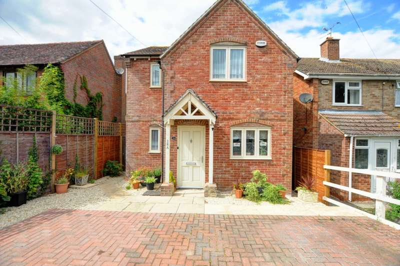 3 Bedrooms Detached House for sale in Greenwood Avenue, Chinnor