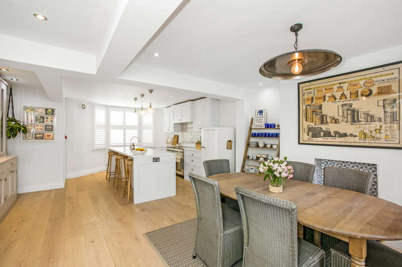 3 Bedrooms House for sale in Brailsford Road, Brixton