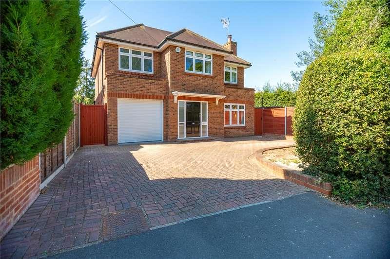 4 Bedrooms Detached House for sale in Simplemarsh Road, Addlestone, Surrey, KT15