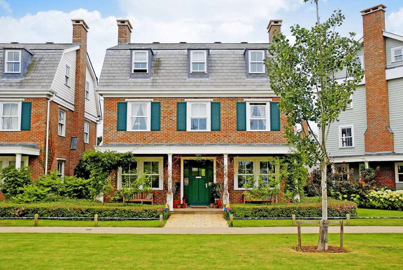 6 Bedrooms Detached House for sale in Sherbrooke Way, Worcester Park, KT4