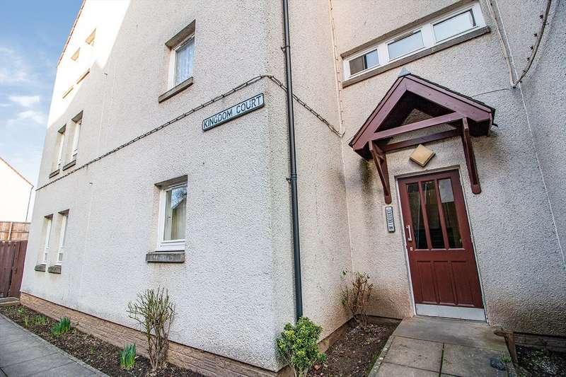 2 Bedrooms Flat for sale in Kingdom Court, Cupar, KY15