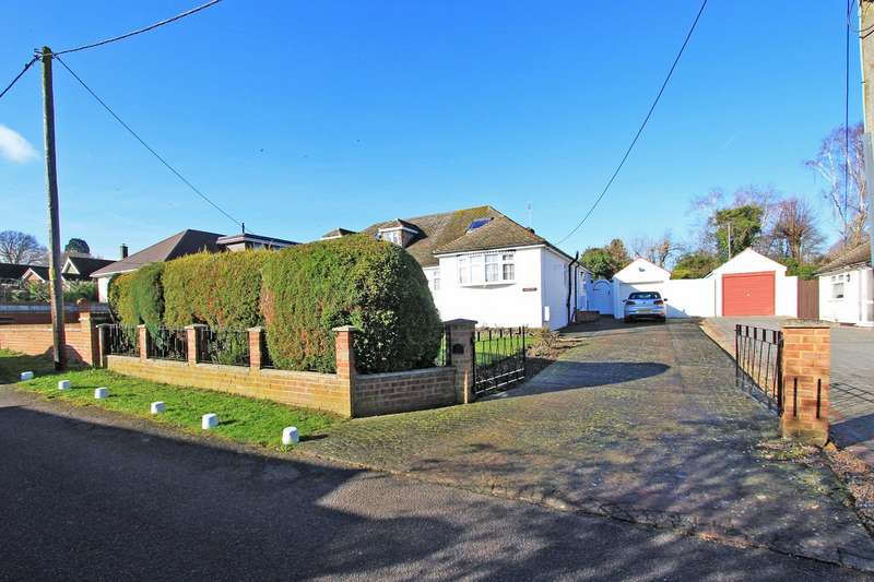 2 Bedrooms Semi Detached House for sale in Festival Avenue, New Barn, Kent, DA3