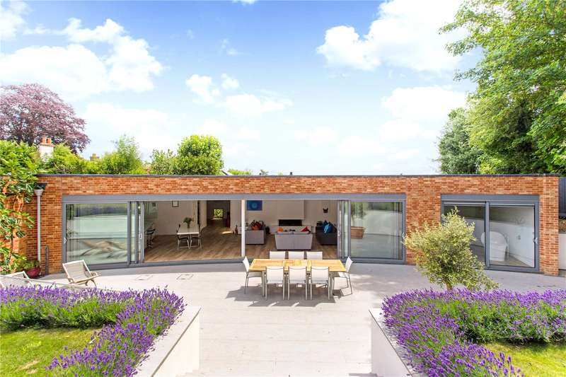 4 Bedrooms Detached House for sale in Lees Hill, South Warnborough, Hook, RG29