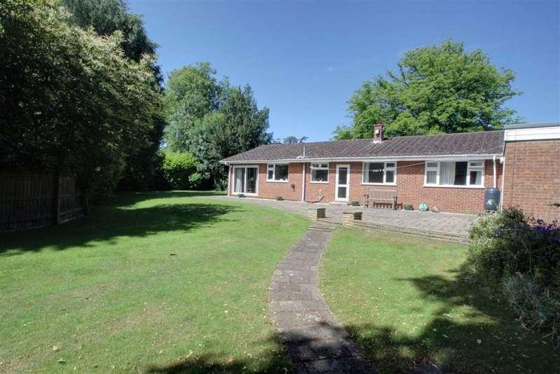 4 Bedrooms Detached House for sale in Barncroft Road, Berkhamsted, Hertfordshire