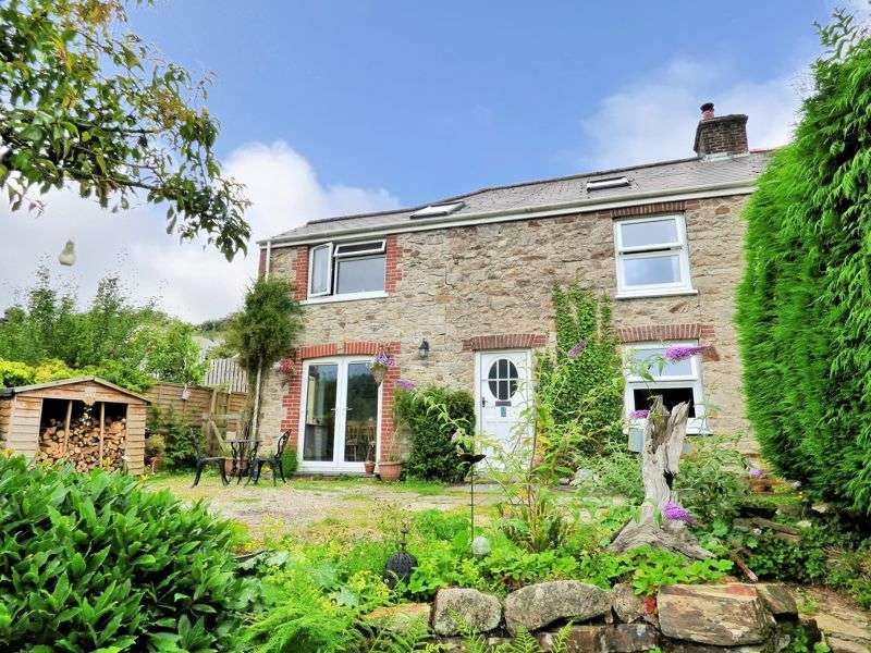 4 Bedrooms Property for sale in SUPERB VIEWS OVER THE TAMAR VALLEY - GUNNISLAKE