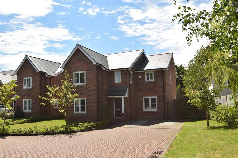 4 Bedrooms Detached House for sale in Mill View, Neston, Neston