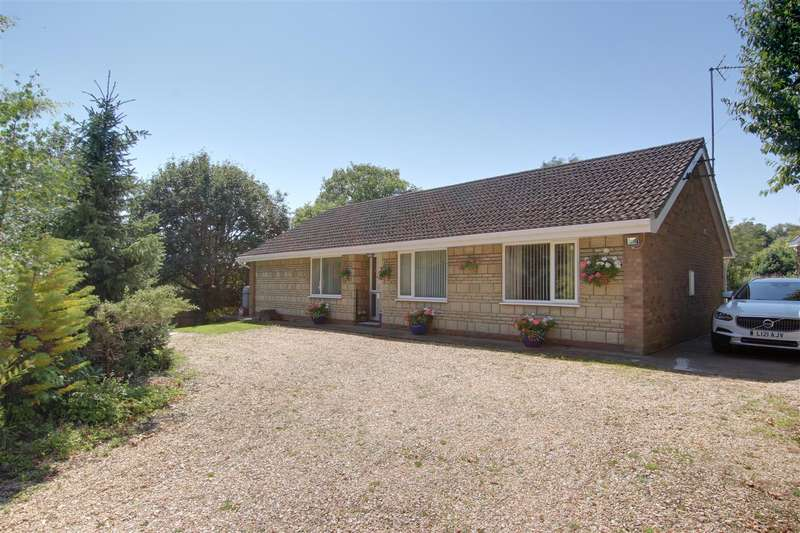 3 Bedrooms Detached Bungalow for sale in Fen Lane, East Keal, Spilsby