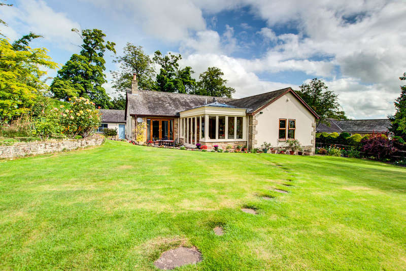 4 Bedrooms Detached Bungalow for sale in Shaw Lane, Hexham
