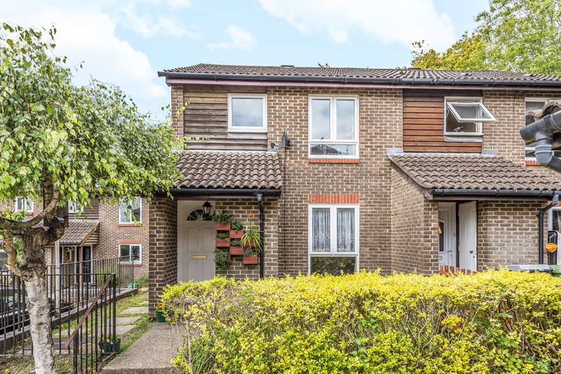 3 Bedrooms Semi Detached House for sale in Fallow Field, Winchester
