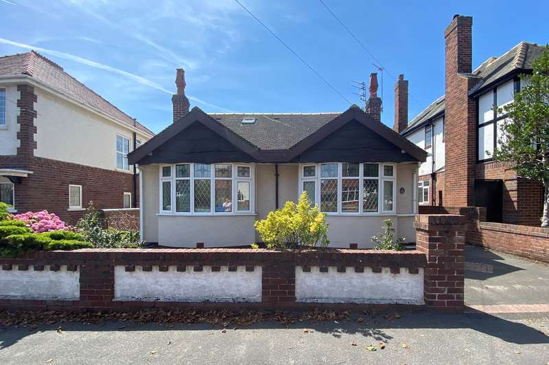 4 Bedrooms Detached Bungalow for sale in Chatsworth Road, Lytham St Annes, FY8