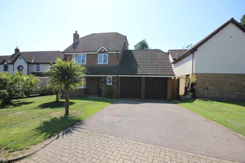 4 Bedrooms Detached House for sale in Parmiter Way, Ampthill, Bedfordshire, MK45