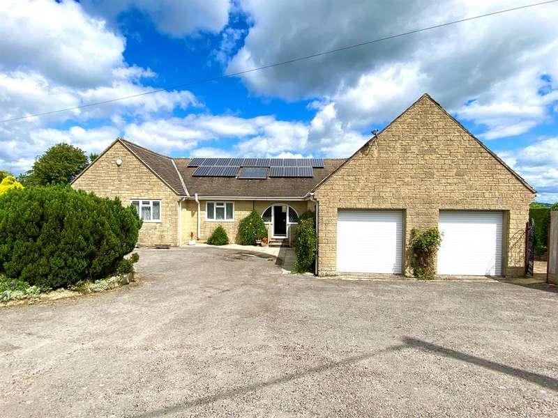 3 Bedrooms Detached Bungalow for sale in Green Street, Cam, Dursley, GL11 5HW