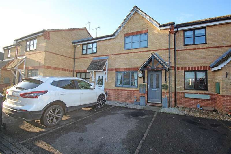 2 Bedrooms Terraced House for sale in Wansbeck Close, Stevenage, SG1 6AA