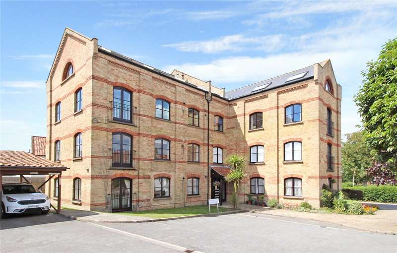 2 Bedrooms Flat for sale in St. Edmunds Court, North Green, Southwold, Suffolk, IP18