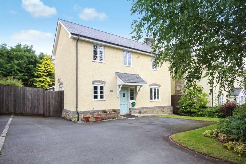 3 Bedrooms Detached House for sale in Kingswood Road, Kington, HR5 3HE