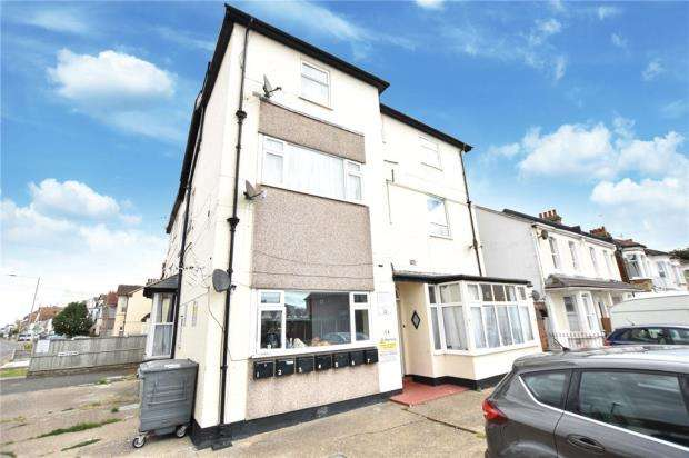 1 Bedroom Apartment Flat for sale in West Avenue, Clacton-on-Sea, Essex