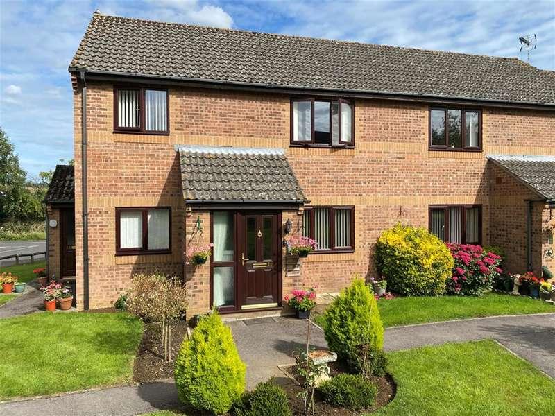 2 Bedrooms Retirement Property for sale in Little Quillet Court, Dursley