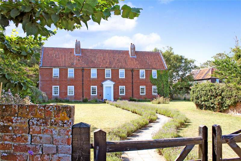2 Bedrooms Flat for sale in Marsh End Flats, Ferry Road, Walberswick, Southwold, IP18