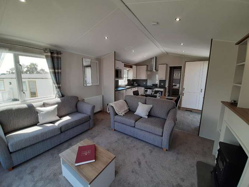 2 Bedrooms Mobile Home for sale in Parkdean Resorts, St Helens, PO33 1YA