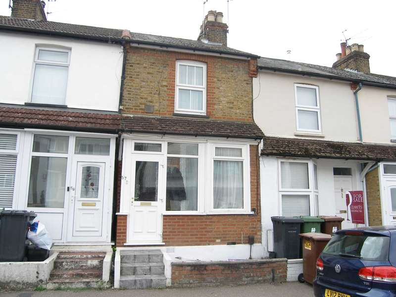 2 Bedrooms Terraced House for sale in Vale Road, Bushey