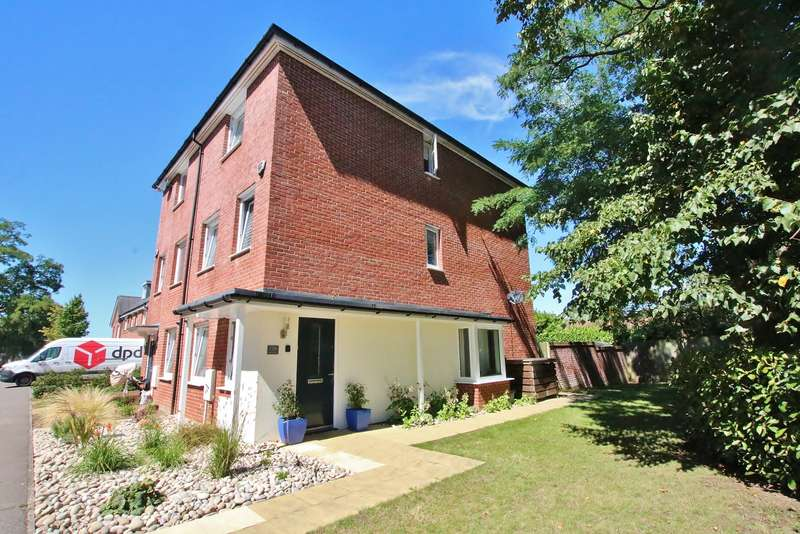 4 Bedrooms Town House for sale in Maybush, Southampton