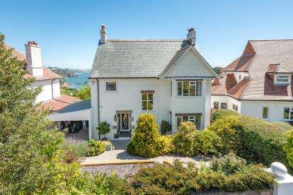 4 Bedrooms Detached House for sale in St. Austell, Cornwall