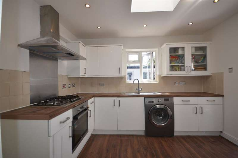 5 Bedrooms Semi Detached House for sale in London Road, Wembley, Middlesex, HA9 7HG