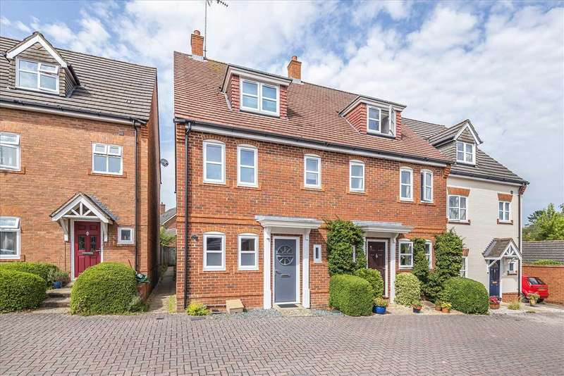 4 Bedrooms End Of Terrace House for sale in Blythe Close, Enham Alamein, Andover