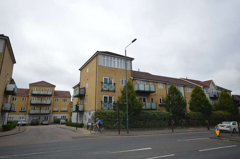 2 Bedrooms Apartment Flat for sale in Talehangers Close, Bexleyheath, Kent, DA6