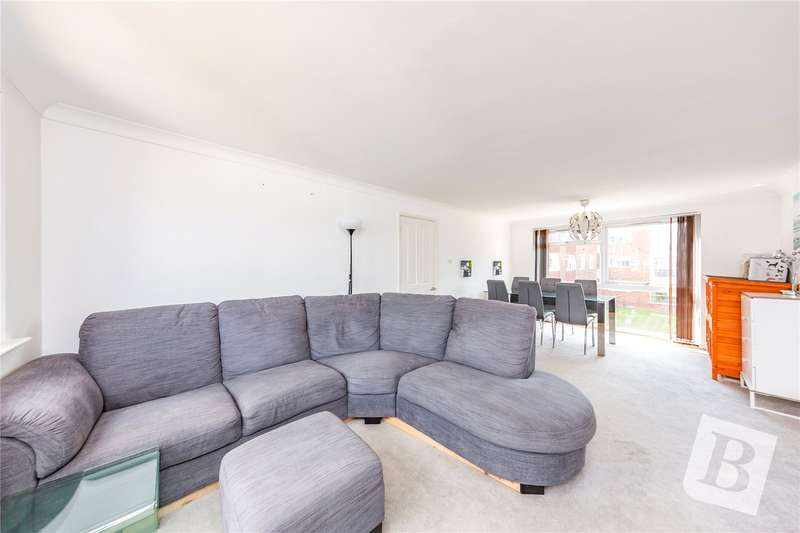 2 Bedrooms Apartment Flat for sale in Tyrells Close, Upminster, RM14