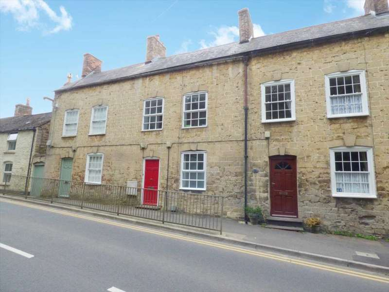 3 Bedrooms Terraced House for sale in Bradley Road, WOTTON-UNDER-EDGE