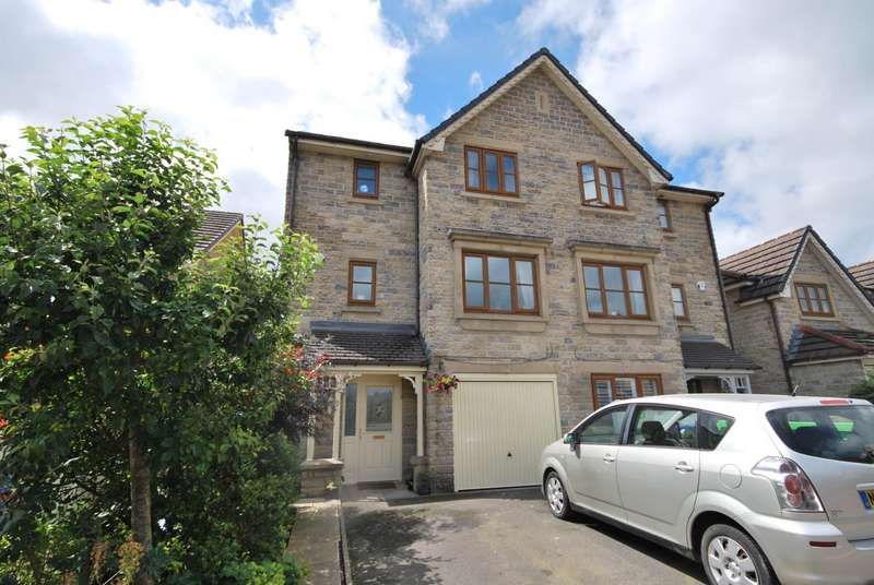 4 Bedrooms Semi Detached House for sale in Lansdowne Close, Ramsbottom, Bury