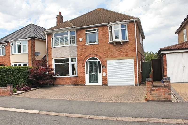 4 Bedrooms Detached House for sale in Mere Road, Wigston, Leicester