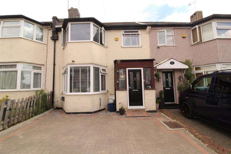 3 Bedrooms Terraced House for sale in Norfolk Avenue, Leigh-on-Sea, Essex, SS9