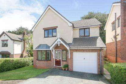 4 Bedrooms Detached House for sale in Rhodfa Sychnant, Conwy, North Wales, LL32