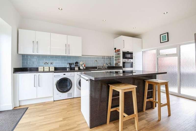 3 Bedrooms Semi Detached House for sale in Kenwood Gardens, Low Fell, Gateshead, NE9
