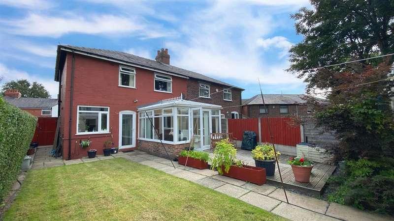 3 Bedrooms Semi Detached House for sale in Grosvenor Street, Kearsley, Bolton, BL4 8DW