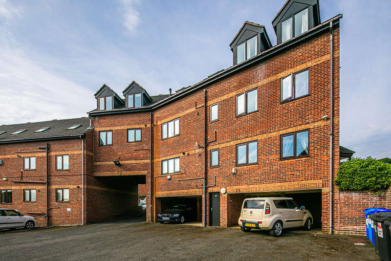 2 Bedrooms Flat for sale in Ainsley Road, Crookes