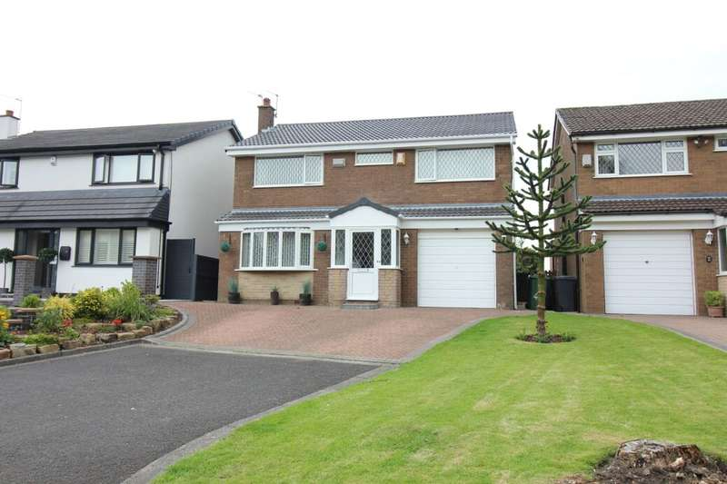 4 Bedrooms Property for sale in Meadway, Bury, BL9