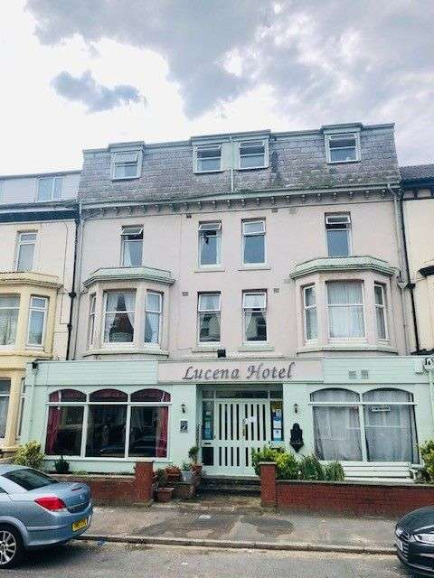 25 Bedrooms Hotel Gust House for sale in Lucena Hotel, 9-11, Barton Avenue, Blackpool, FY1