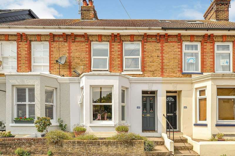 2 Bedrooms House for sale in Kingsnorth Road, Faversham, Kent, ME13