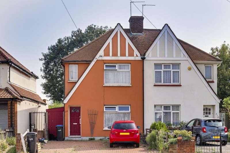 3 Bedrooms Semi Detached House for sale in Carterhatch Road, Enfield, London, EN3