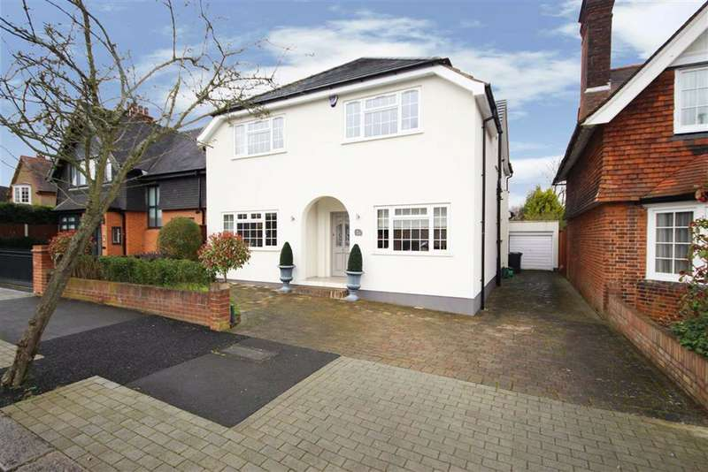4 Bedrooms Detached House for sale in Northumberland Road, Barnet, Hertfordshire