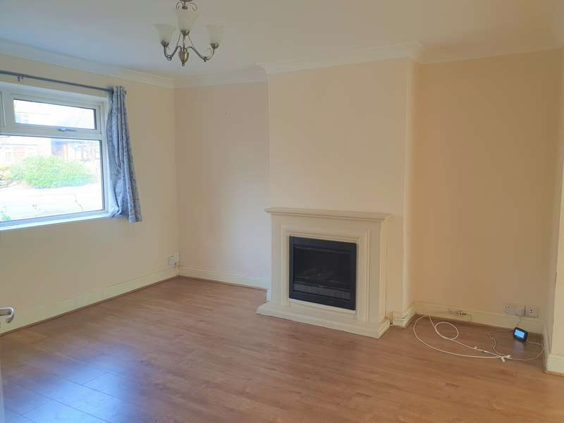 House for rent in Cherry Tree Lane, Rainham, RM13