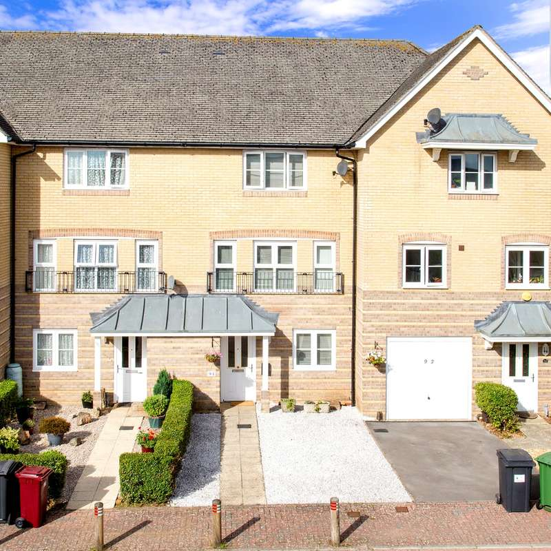 4 Bedrooms Terraced House for sale in Wiltshire Crescent, Highfields, Basingstoke, RG22